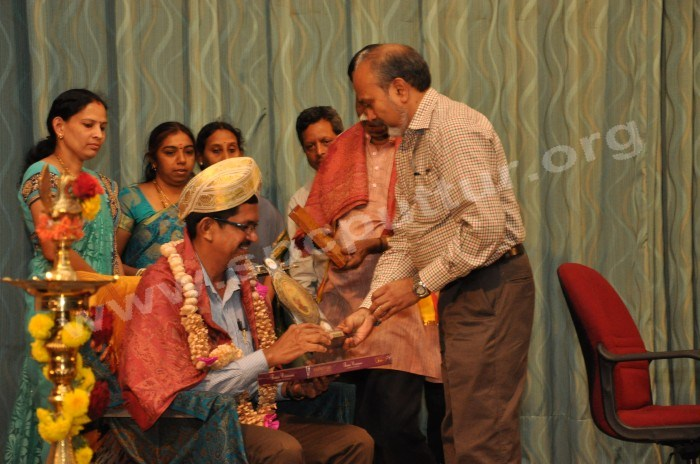 Dr AP Radhakrishna honored by Dr Sham Chetty